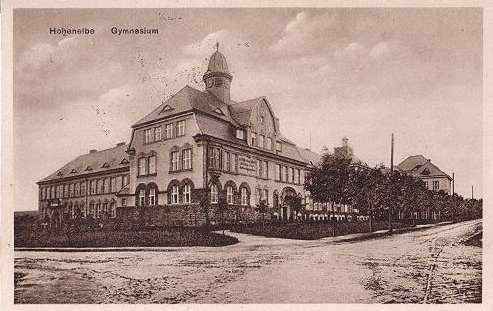gymnasium1932